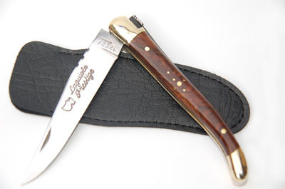 Laguiole pocket knife in walnuts wood