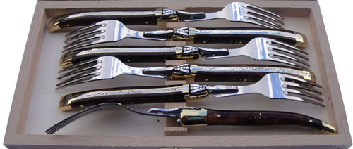 LAGUIOLE FORKS IN WALNUT WOOD